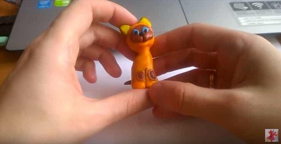 как слепить из пластилина кошку фото 29